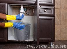 Замена сифона раковины на кухне